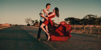 Les Danses Latino (Salsa, Bachata, Kizomba)