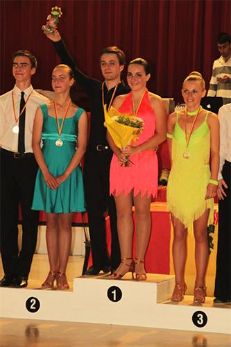 Professeur de danse de compétition gagne podium Perpignan 66